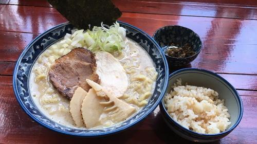 白湯麺.jpg